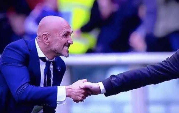Pelatih Inter Milan Minta Pelatih Torino Lebih Berani Berjabat Tangan